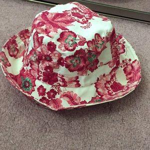 Burberry hat Authentic